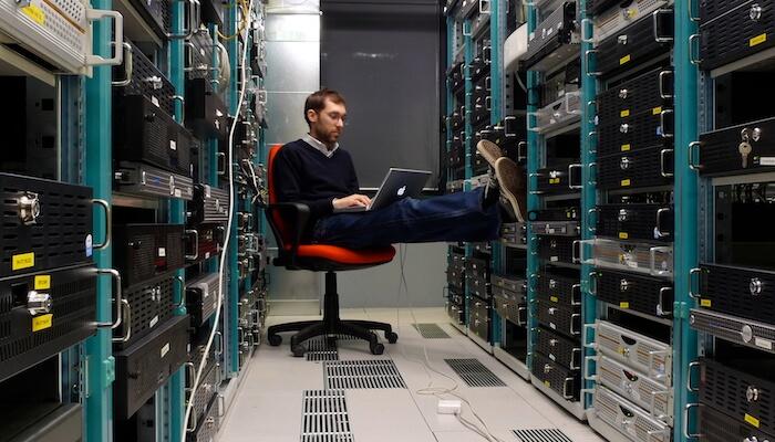 On-Premise vs Cloud Software: A Comprehensive Comparison